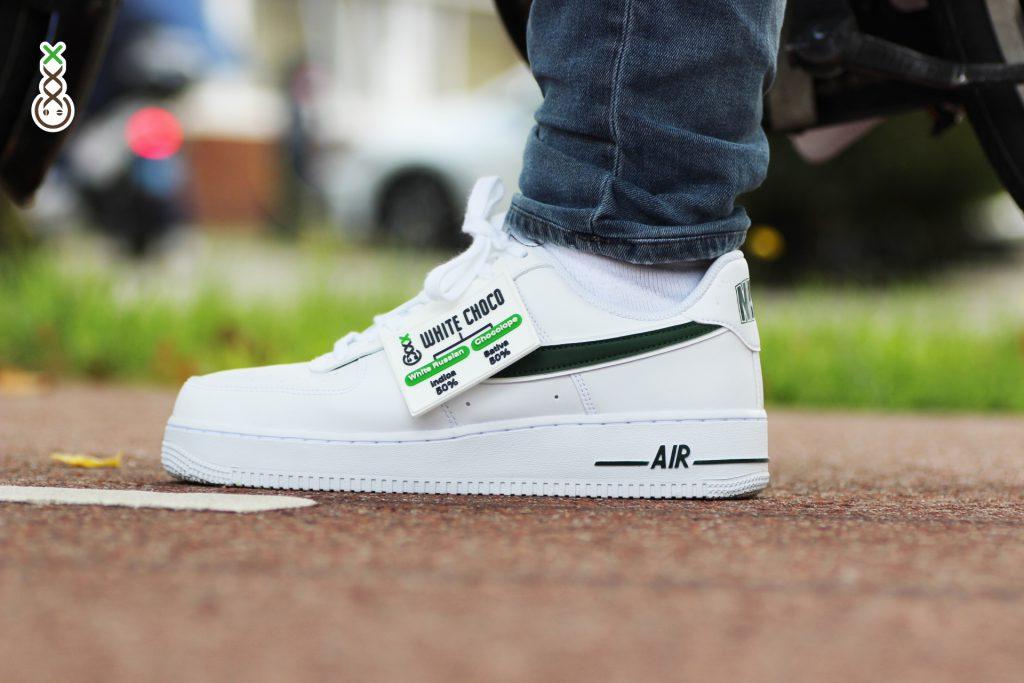 Nike Air Force 1 sneakers - White choco Boerejongens coffeeshop